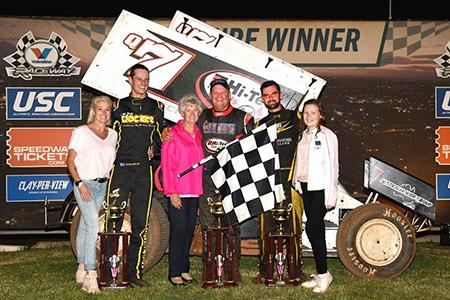 Robbie Farr topped another field at Valvoline Raceway near Sydney Saturday (VR Media Photo)