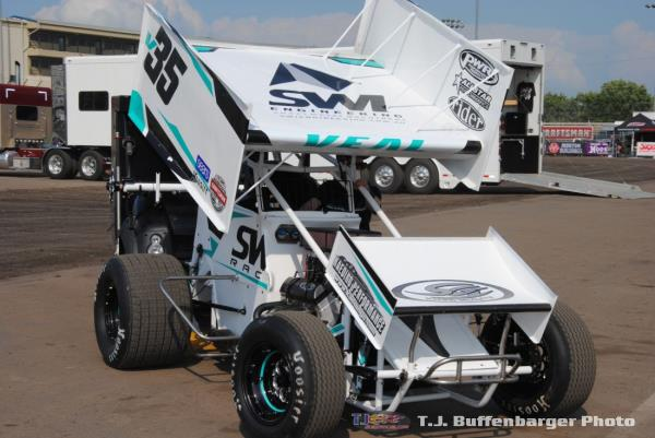 Jamie Veal Wins First Night of Grand Annual Classic