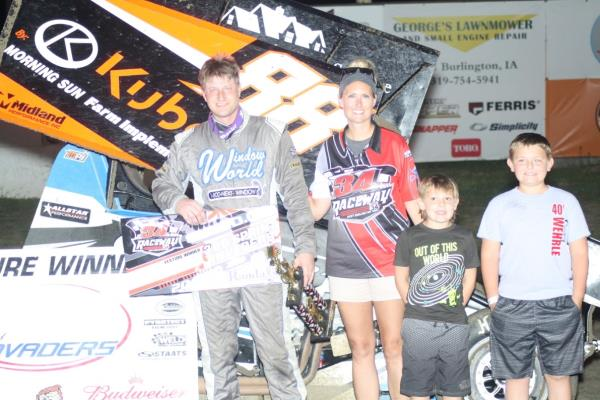Dustin Selvage Ends Drought with $2,000 Sprint Invaders Score at 34 Raceway!