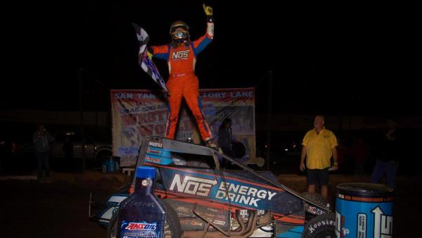 Tyler Courtney Sprints to Back-to-Back Western World Wins