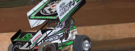 Donny Schatz remained undefeated at Archerfield against WSS on Friday (Matthew Paul Photo) (Video Highlights from SpeedShiftTV.com)
