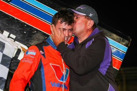 Marcus Dumesny gets a kiss from father Max after winning Night #2 of the Classic (Justine McCullagh-Beasy Photo)
