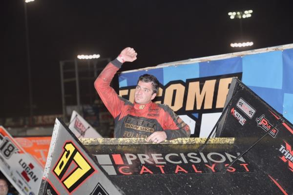 Aaron Reutzel Dominates at Knoxville!