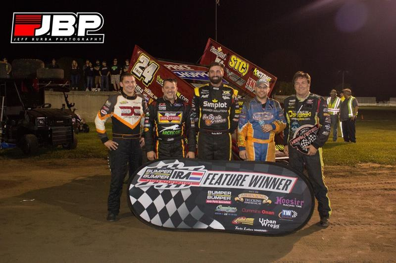 TMAC with the top five at Dodge County (L to R) Scott Neitzel 5th, Tony Stewart 4th, Austin McCarl 3rd, Jeremy Schultz 2nd (Jeff Burba Photography)