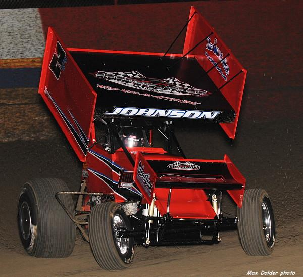 Wayne races at East Bay (Max Dolder Photo)